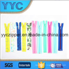 # 3- # 15 Nylon Zipper Fermer Fin Open End Zipper pour les ventes
