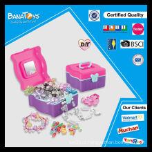 Venda quente contas diy conjunto com pdq caixa de exibição de brinquedos de contas de plástico