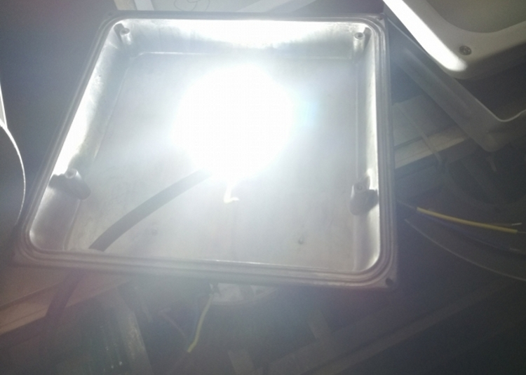 LED Flood Light Driverless 2