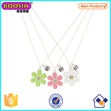 Alloy Silver Best Friends Daisy Colar Pingente Set # Scn01