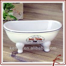 Vente en gros White Glaze Porcelain Miniature Victorian Bathtub