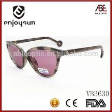 Высокое качество дамы нежные модные солнцезащитные очки с малой рамкой размера