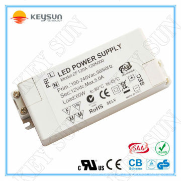 Saa ce ul 60w LED-Treiber-Modul 12v 5a Stromversorgung 12V DC für LED-Streifen