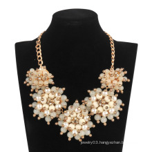 Big Acrylic 5 Flowers Necklace (XJW13600)