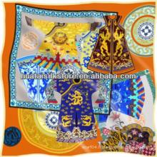 Echarpe carrée en satin imprimé à la main en style chinois