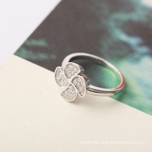 Xuping Luxury Flower Ring with Rhodium Plated