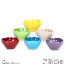 Colores brillantes del esmalte sólido al por mayor del cuenco de arroz de 13.5cm diverso