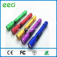 Обеспечение торговли прочная ручка клип низкой цене красочный светодиодный фонарик