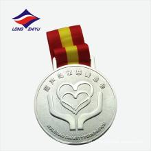 China fábrica de plata color ronda die casting medalla