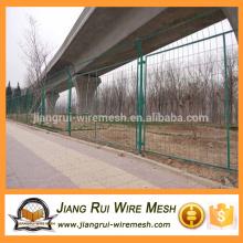 PVC de alta qualidade revestido / galvanizado cerca de armação