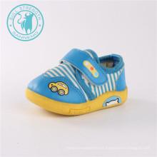 Zapatos de bebé de inyección zapatos de patrón encantador suave (SNC-002020)