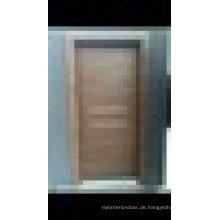 WPC (Holz Kunststoff Composite) Innen-Tür mit dekorativen Aluminium-Latte