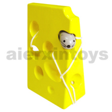 Wooden Lacing Toy with Cheese & Mouse (80159)