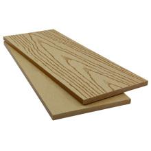 valla de madera de muro de contención