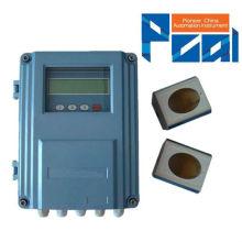 TUF-2000F fijó la abrazadera ultrasónica en el medidor de flujo de agua