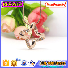 Collar de oro rosa de moda con cadena de serpiente