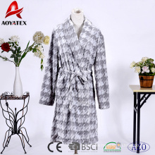 Customized fleece shawl collar embossed flannel fleece short bathrobe