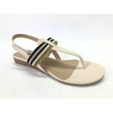 Женские сандалии с низким клином