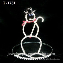 Простые серебряные рождественские украшения снеговика