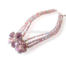 Collier multicouche en cristal de fleur en forme de collier de perles en verre