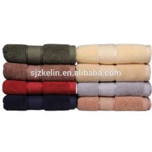 cor escura toalha de rosto absorvente de borda de cor lisa