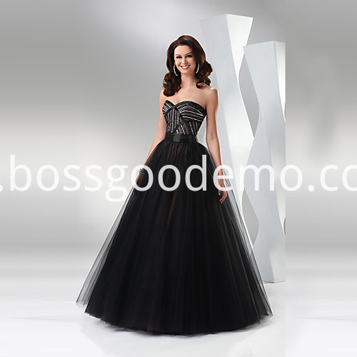 Chic A Line Sweetheart Strapless Floor Length Organza Beading Ruffled Dress For Europe