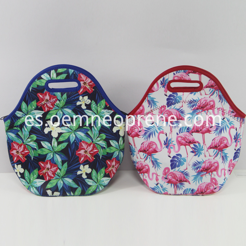 Lunch bags and totes