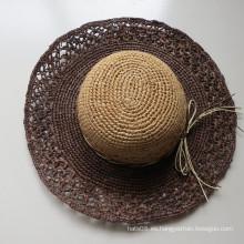 Sombrero de papel de ganchillo de ocio para mujer