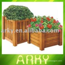 Flowerpot de jardin en bois
