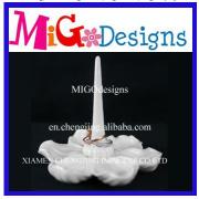 Fashion Factory Supplied White Ceramic Jewelry Holder With Unique Design