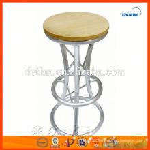 leichte, zierliche Aluminium-Fachwerk-Barstühle