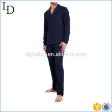 pijamas feitos sob encomenda da forma dos homens pijamas de seda antiquados dos homens