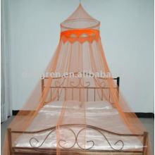 Canopée circulaire avec tissu décoratif et perles