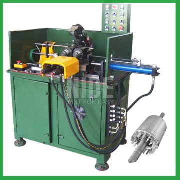 Automatic rotor lamination surface turning machine