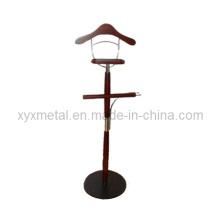 Suporte de rack de aço cromado em metal e cabide de madeira