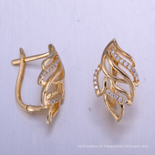 Pendientes únicos de la zirconia cúbica de los resultados de la joyería de China con oro plateado