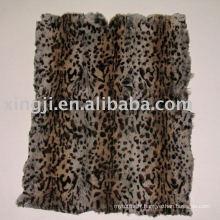 Plaque de fourrure de lapin teintée européenne-deux couleur léopard spot peau de lapin plaque de fourrure