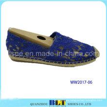 Zapatos de mujer de diseño nuevo con flores de encaje