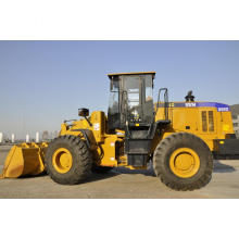 SEM loader SEM655D Wheel Loader with commins engine للبيع