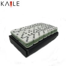 Personalizar juego de domino blanco con caja de cuero