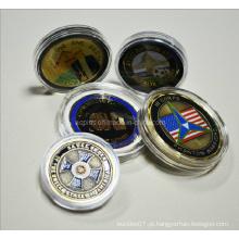 Caixa de moeda acrílica de tamanho diferente com moedas