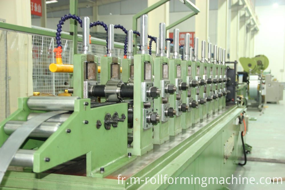 Steel post rolling forming machines