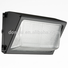 long lifespan Internal heatsink 60 Watt LED Wallpack light