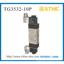 Válvula de solenoide 3 posições 5 portas (TG3532 - 10 C. E. P)