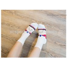 Schöne junge Mädchen Rohr Socke