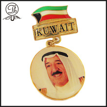 Customized Kuwait soft enamel metal badge