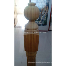 poste de madera de diseño liso