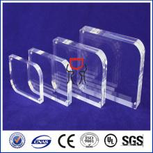 Feuille acrylique moulée en plexiglas transparente