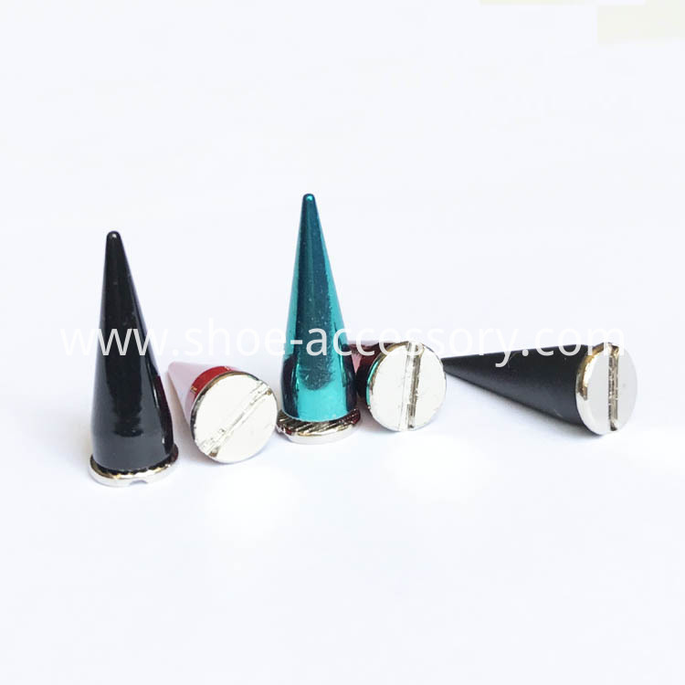 Metal Screwback Cone Spikes
