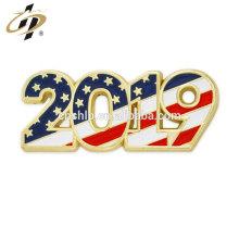 Épinglette d'année patriotique d'année en or en métal promotionnel 2019